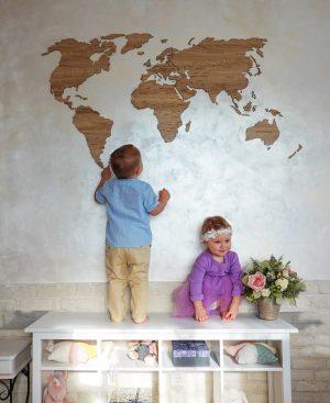 Деревянные карты мира